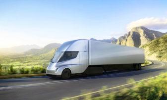 Ciężarówka Tesli zużywa tyle energii, ile polski dom przez 8 miesięcy